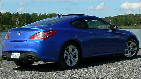 2010 genesis coupe 2.0 t review